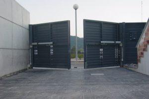 Cerrajería Pineda de Mar- Puertas de parking